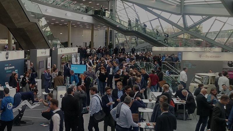 Bild DSAG-Technologietage zeigt gefüllte Messehalle